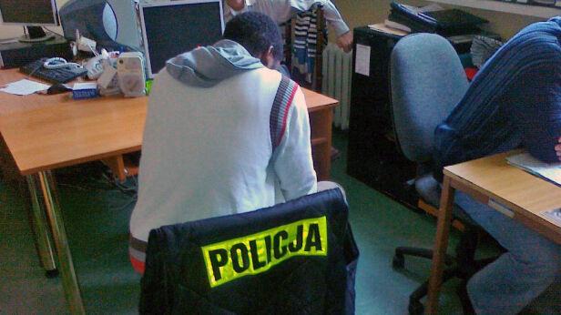 Oszustowi grozi 8 lat więzienia /fot. KSP