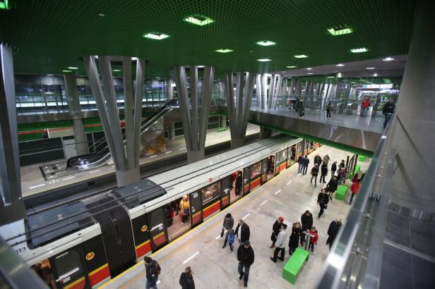 Ostatnie pozwolenia na II linię metra Leszek Szymański / PAP
