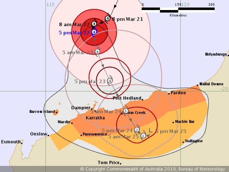 Prognozowana trasa przejścia cyklonu Veronica (bom.gov.au)